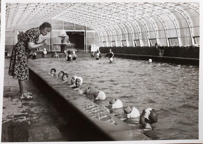 Clarendon Swimming Pool with cover and fountain.
