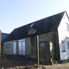 Cottage no 3 at Carpenders park farm. The Octagonal pumphouse used to be at the back of this cottage
