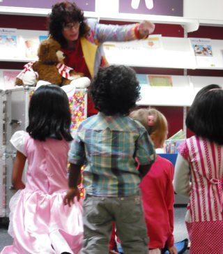Children watching Aunty Julie | Hertfordshire Libraries