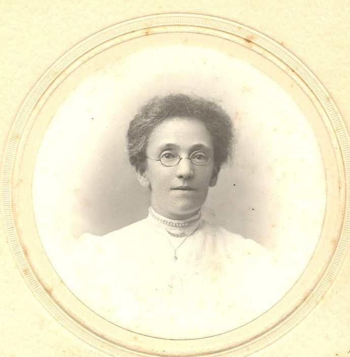 A Younger Edith | Family Photograph