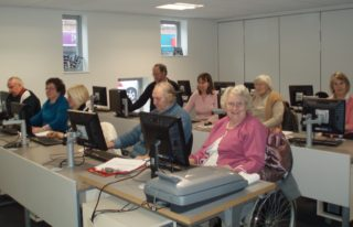 First Steps in Computing course | by Beverley Small