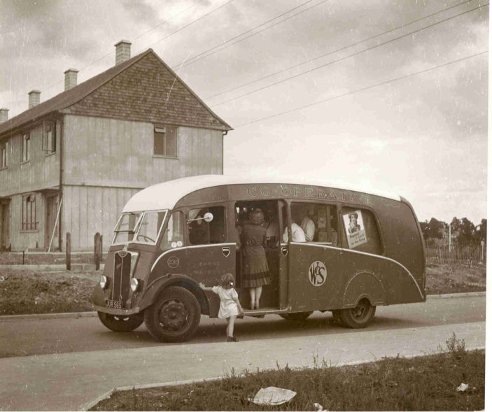 The mobile shop 1949 | Hertfordshire Libraries