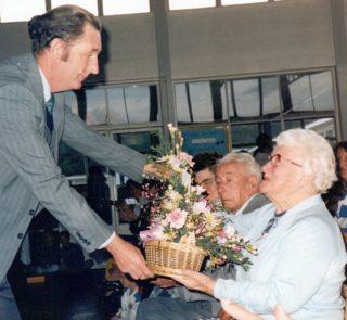 Mr Tamblyn Jones making a presentation to Mrs L Hunt | S. Waller