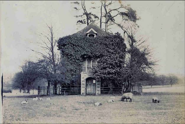 Oxhey Chapel c 1897 | Hertfordshire Libraries