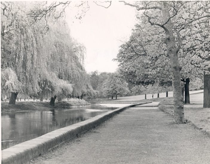 Oxhey Park   PO1722 - Photograph Copyright Greville