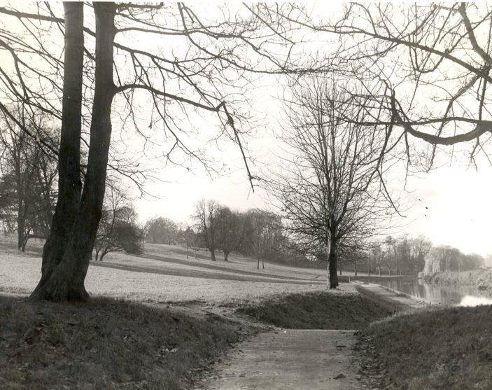Oxhey Park   PO1723 - Photograph Copyright Greville