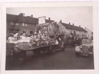 A float in South Oxhey Carnival 1957 | Ken Upson