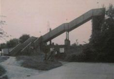 Footbridge or tunnel?