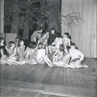 The ensemble pose for the Watford Observer | © Watford Observer 1962